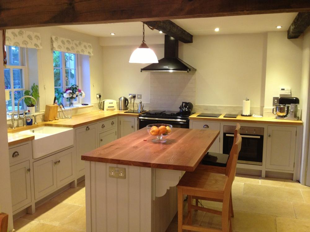 Freestanding Kitchen Furniture & Cupboard Units