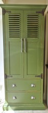 Distressed Louvered Larder 01
